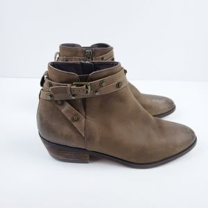 Halogen  Studded Ankle boots size 8M